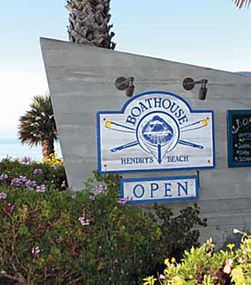 Boathouse Hendry's Beach - Commercial Sign Award